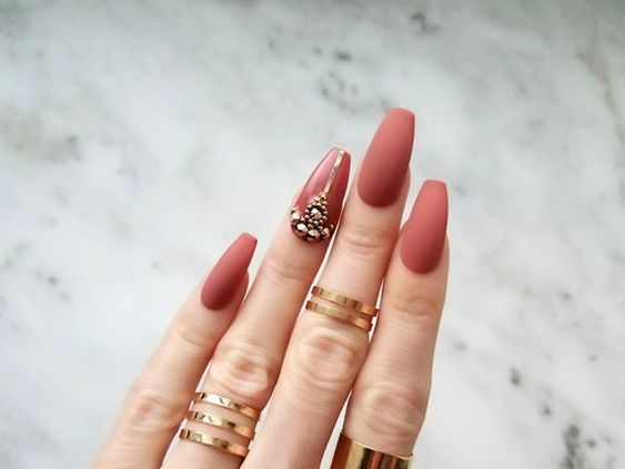 Strasuri unghii