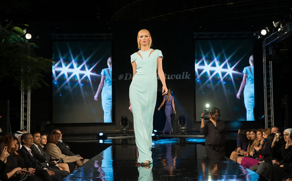 Chanel prezinta noua colectie de moda